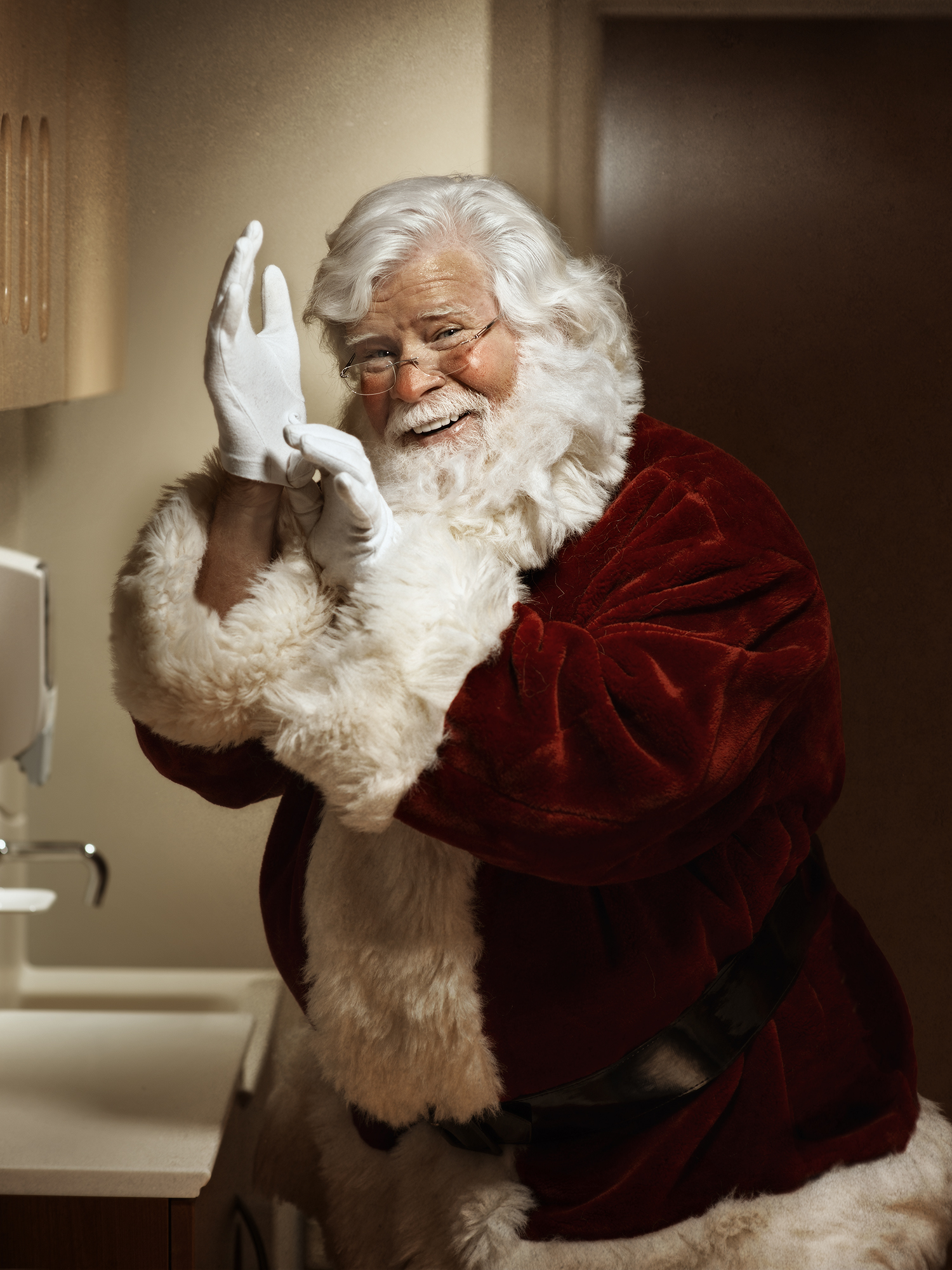 Santa washing hands